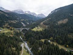 """Vorschaubild für Stock Bild """"img-20151003-151505-airview-langwieser-viadukt-00090"""""""