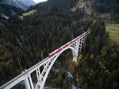 """Vorschaubild für Stock Bild """"img-20151003-170424-airview-langwieser-viadukt-00157"""""""