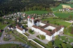 """Vorschaubild für Stock Bild """"img-20140424-173756-aerialstock-kloster-st-urban-00004"""""""