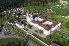 """Vorschaubild für Stock Bild """"img-20140424-173759-aerialstock-kloster-st-urban-00005"""""""