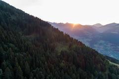 """Vorschaubild für Stock Bild """"img-20170908-192530-aerialstock-wallis-monthey-white-pod-00005"""""""