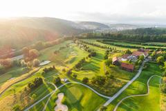 """Vorschaubild für Stock Bild """"img-20180607-202940-aerialstock-golfplatz-kyburg-winterthur-00034"""""""