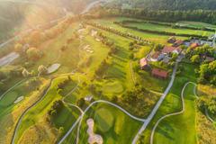 """Vorschaubild für Stock Bild """"img-20180607-202907-aerialstock-golfplatz-kyburg-winterthur-00032"""""""