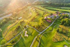 """Vorschaubild für Stock Bild """"img-20180607-202857-aerialstock-golfplatz-kyburg-winterthur-00031"""""""