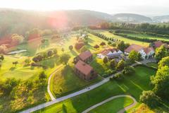 """Vorschaubild für Stock Bild """"img-20180607-202139-aerialstock-golfplatz-kyburg-winterthur-00017"""""""