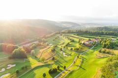 """Vorschaubild für Stock Bild """"img-20180607-202745-aerialstock-golfplatz-kyburg-winterthur-00027"""""""