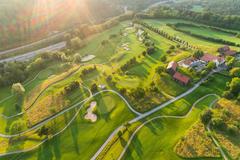 """Vorschaubild für Stock Bild """"img-20180607-202851-aerialstock-golfplatz-kyburg-winterthur-00030"""""""