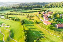 """Vorschaubild für Stock Bild """"img-20180607-201928-aerialstock-golfplatz-kyburg-winterthur-00010"""""""