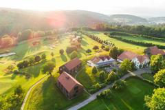 """Vorschaubild für Stock Bild """"img-20180607-202127-aerialstock-golfplatz-kyburg-winterthur-00016"""""""