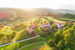 """Vorschaubild für Stock Bild """"img-20180607-203209-aerialstock-golfplatz-kyburg-winterthur-00037"""""""