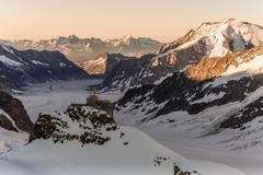 """Vorschaubild für Stock Projekt """"Mönchshütte auf der Jungfrau im Berner Oberland"""""""