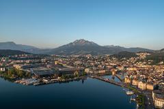 """Vorschaubild für Stock Projekt """"Luzern Vierwaldstättersee Sommer Sonnenaufgang"""""""